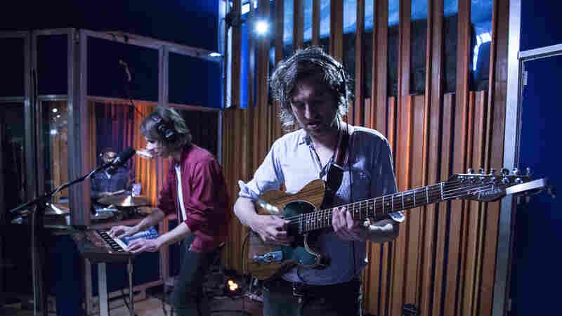 Watch Phoenix Perform 'Fior Di Latte' Live In The Studio