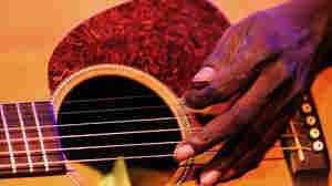 Iconic Australian Musician Dr. G. Yunupingu Has Died, Age 46