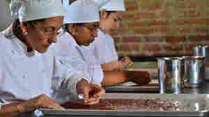 How A Venezuelan Chef Is Teaching Women To Make Chocolate And Money